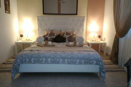 H&C luxury apartments 5 minutes from the beach