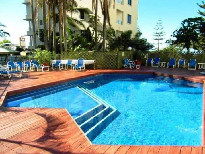BEST VALUE FOR TOP LOCATION IN HEART OF SURFERS!!!