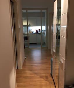 In the center of Munich - Apartamento