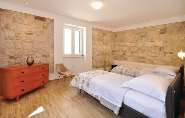 Holiday apartment - Omis, Croatia - Omiš