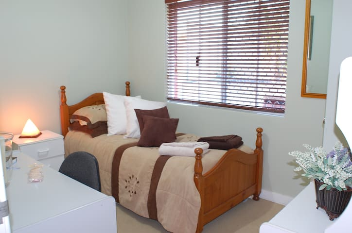 Marangaroo B&B! Beach/Golf/Wineries - Marangaroo - Oda + Kahvaltı