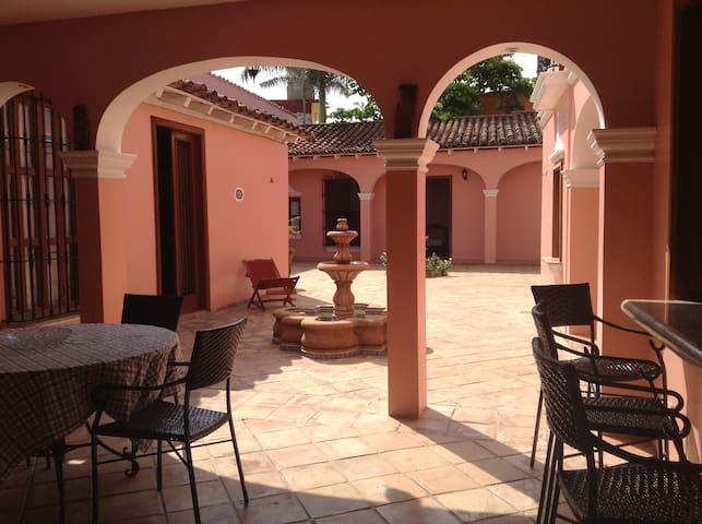 """TLACOTALPAN """"El Deseo"""" / 1 Bedroom - Centro, Tlacotalpan - Dom"""