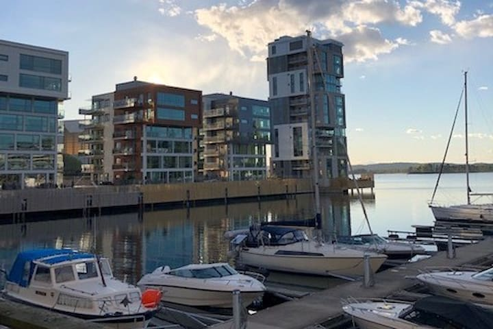 Beautiful waterfront harbor apartment
