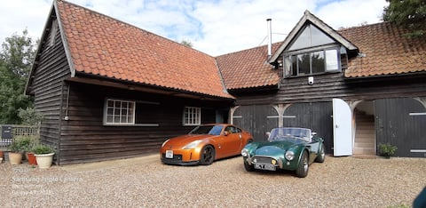 The Bear's Barn - a quiet Suffolk country retreat