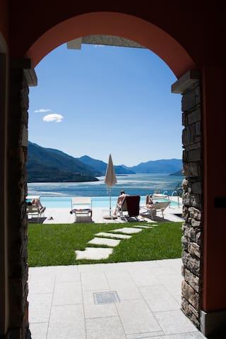 "Lake Como - Apart. ""Simpatia"""