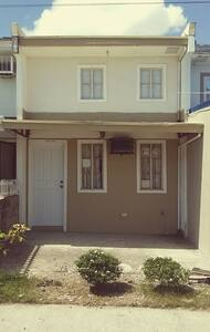 House with 1bedroom,1 toilet, kit - Santa Rosa City - Talo