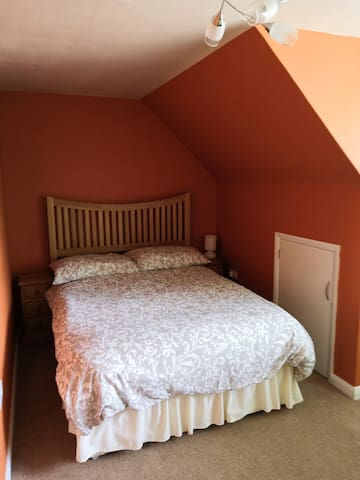 Comfortable Room near Village Centre