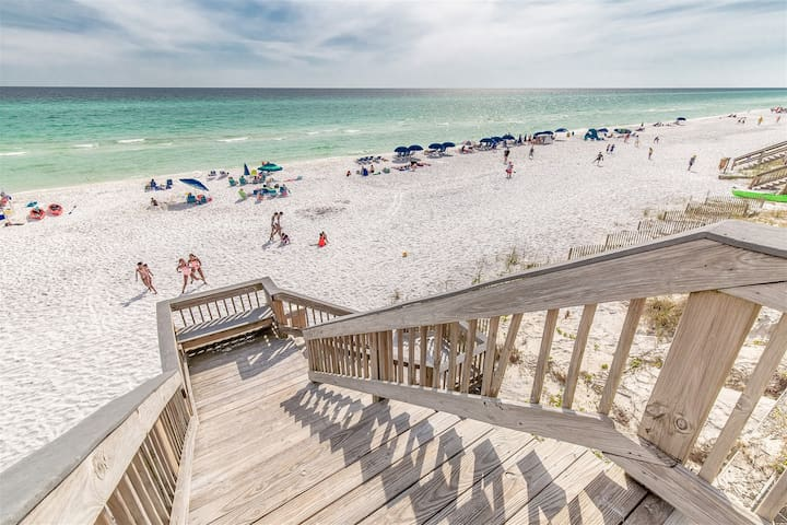 Beach Front and Perfect at Blue Mountain Villas Along Scenic 30A!