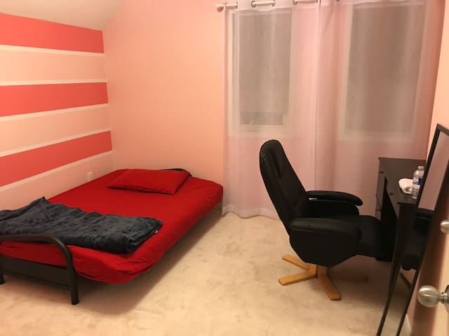Sweet Pink Room in Bradford