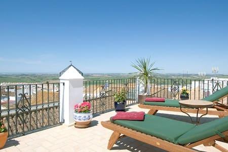 Casa 5 Dormitorios, Piscina Privada - Medina-Sidonia