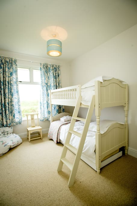 Children's bedroom sleeps 3 (or adults if you like bunkbeds!)