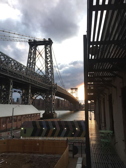 View over the Williamsburg Bridge from the master bedroom