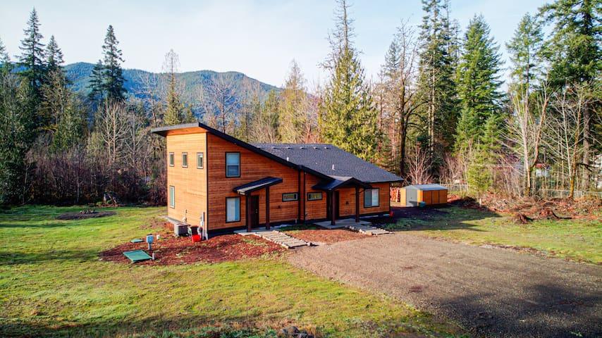 Newly built Modern Chalet Duplex - 2