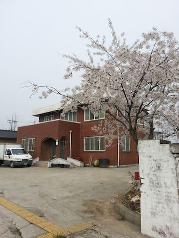 지평선쉼터 - Juksan-myeon, Gimje