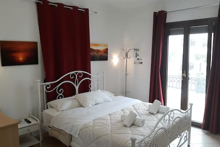 Naxos Diamond Apartment Double Room