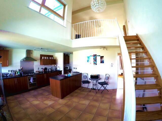 Kitchen / Livingroom mezzanine