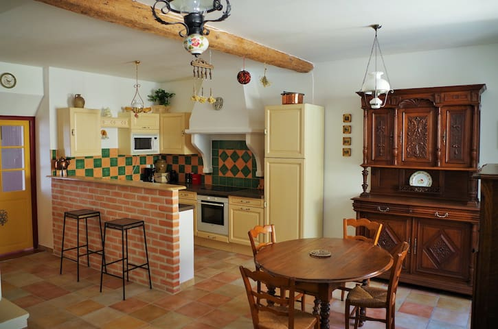 Charming house in the Pyrenees - Sournia - Rumah
