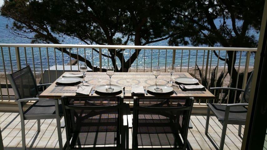 Palm beach, 3 pièces 70 m² face mer, avec parking. - Канны - Квартира
