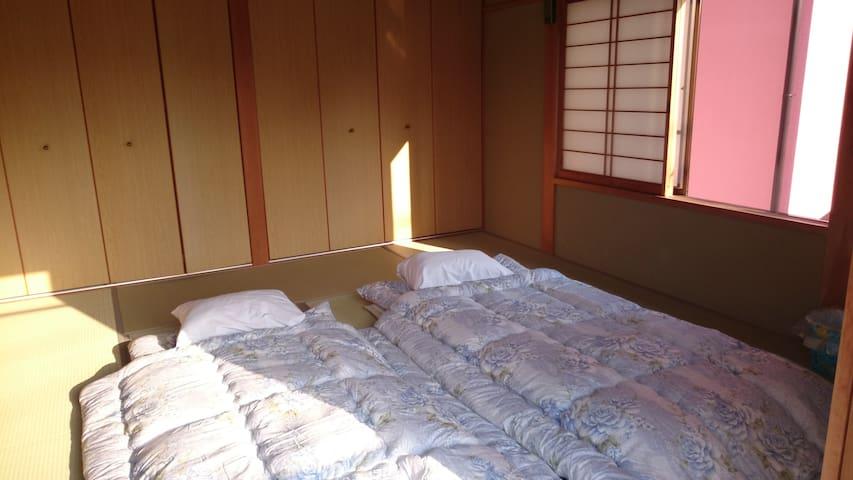 白浜で民泊を、 とれとれ市場、とれとれの湯、 レストラン近くに有ります - Shirahama-chō - Huis