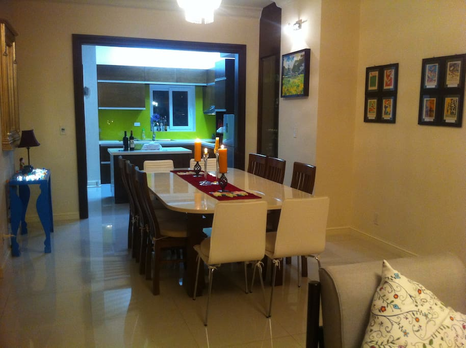 *kitchen/ dinning room