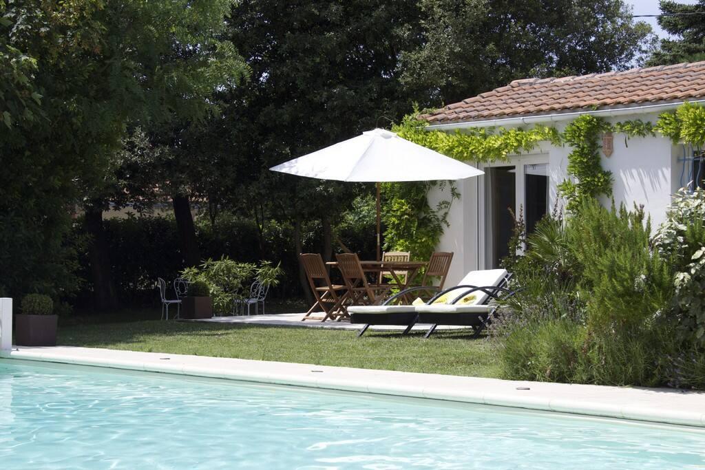 Jolie maison avec piscine maisons louer vaux sur mer for Location maison avec piscine charente maritime