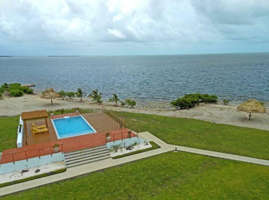 Vista Del Mar Condo Suites - Pool