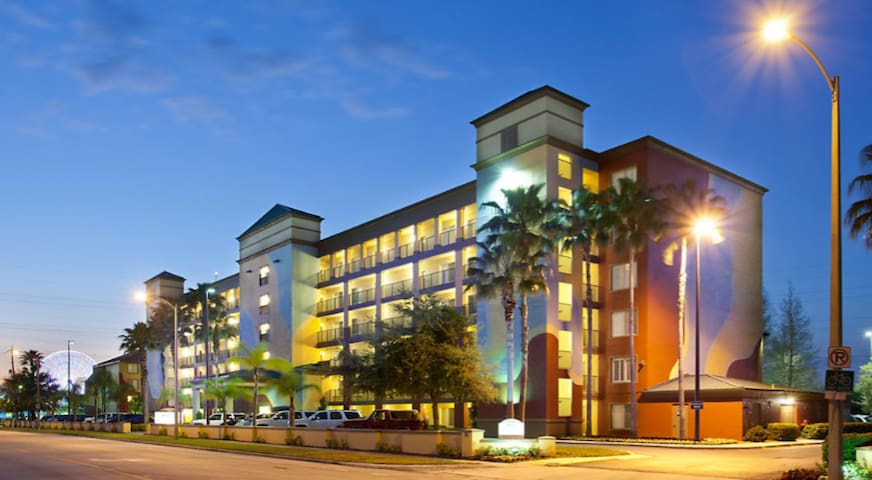 2 BR Condo at Orlando's Sunshine Resort