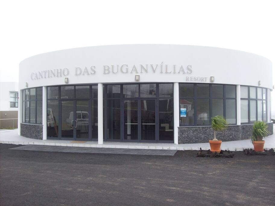 Foto do edifício principal.