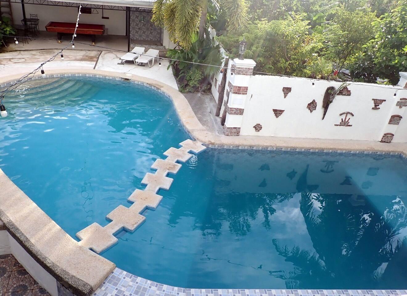 Scuba training pool