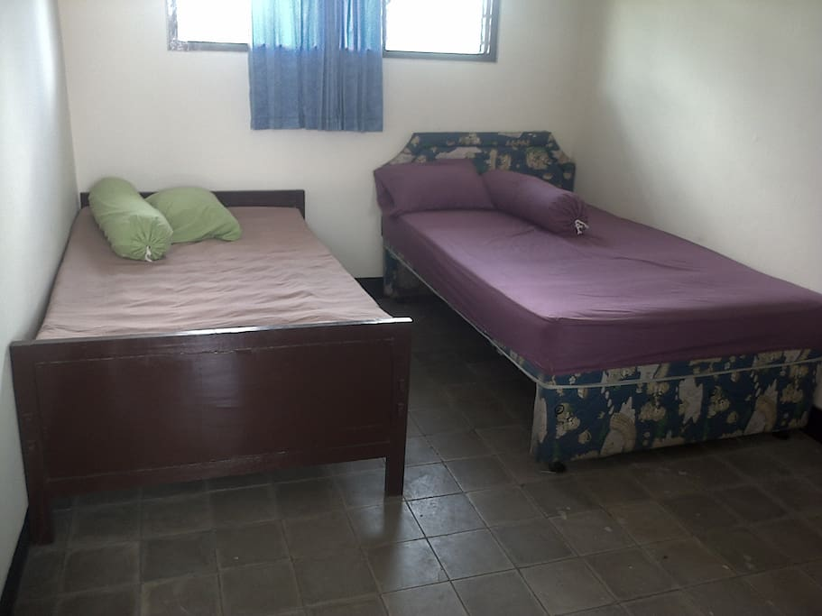 Tempat tidur 2 bad