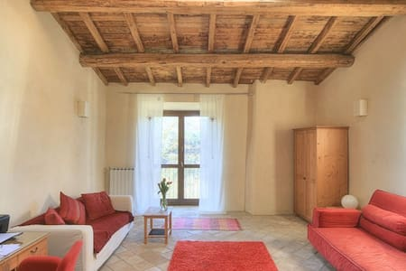 16th century apartment with wi-fi - Capena