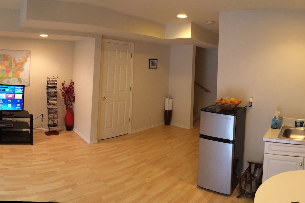 Living room, panorama shot - different angle.
