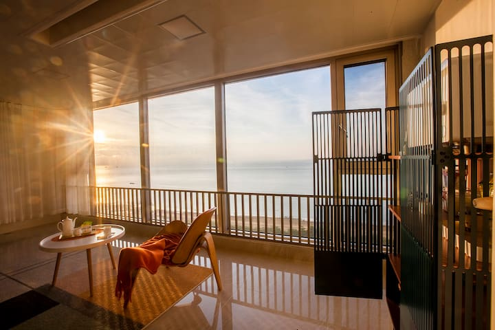 【吉客】,北海,超大落地窗,泳池,北部湾一号全新装修,北欧简约海景,轻奢,夕阳,实景照片