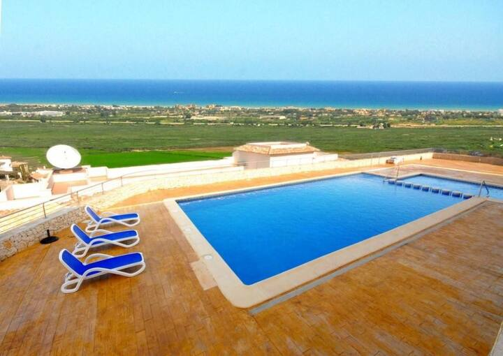 Atico con vistas / Sea views penthouse (Spa area)