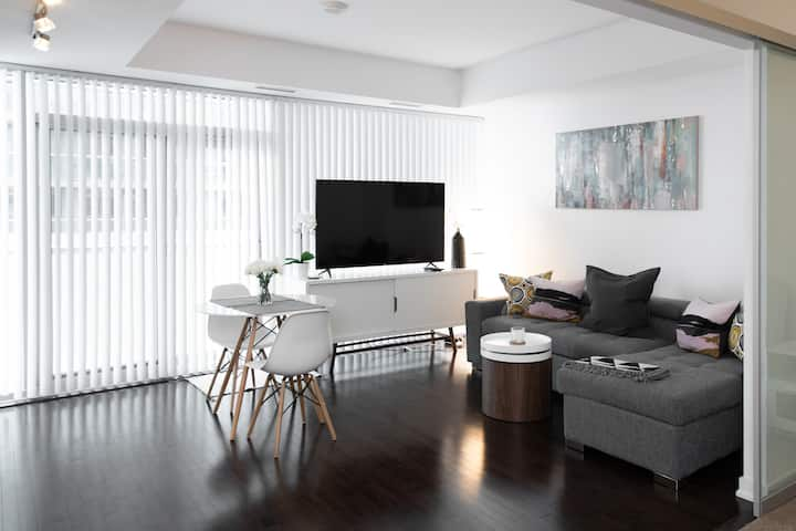 Stylish, modern condo in the heart of downtown