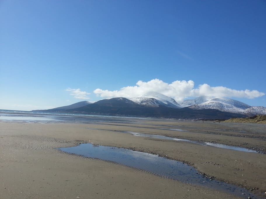 The Mourne Mountains in the background