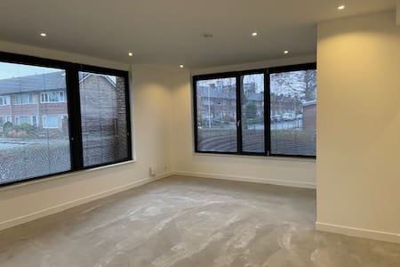 New modern and bright apartment 65 m2 with garden