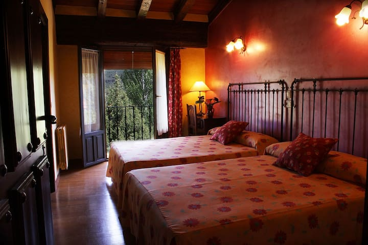 B&B family, Covarrubias,near Burgos - Covarrubias - Penzion (B&B)