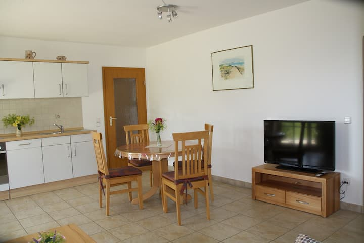 Ferienwohnung Familie Sinn (Pappenheim), Gemütliche Ferienwohnung mit kostenfreiem WLAN in Waldrandlage