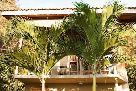 Birdcage Apartment - Surf Vista Villas -  Santa Teresa