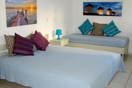 3bed studio close to the beach - Appartement
