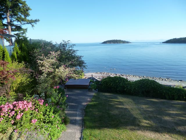 Oceanside  1 bedroom suite - Sechelt - Apartamento