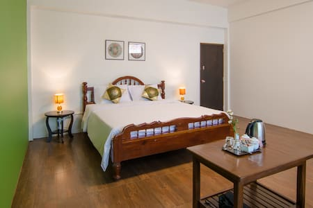 Spacious room with shared bathroom in Trang Centre