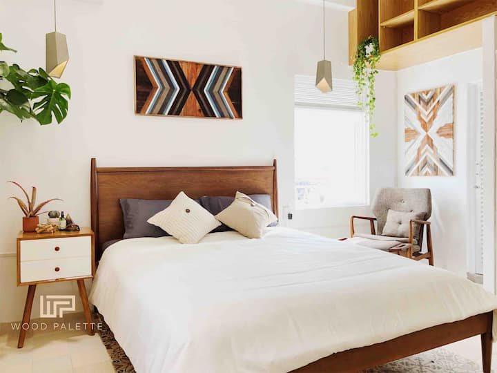 The WOOD Palette * Modern Escape to the Old Saigon