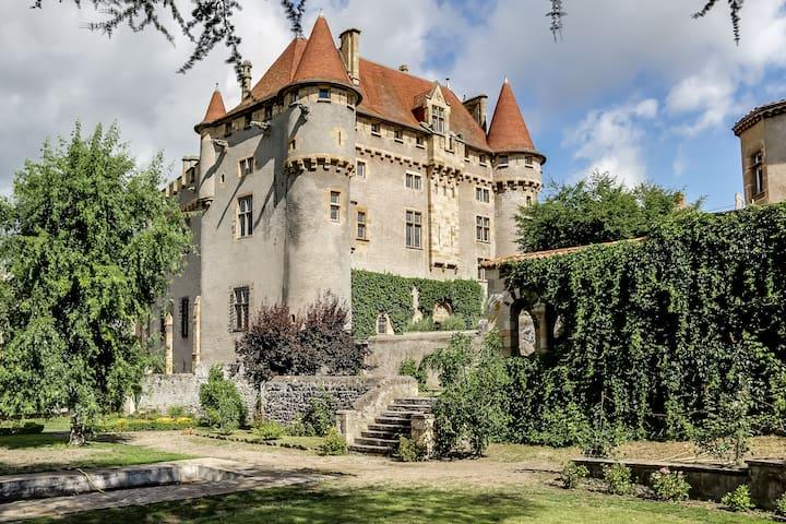 Château de Saint-Amant - Saint-Amant-Tallende