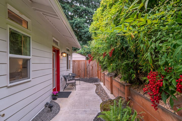 Pure Privacy in Multnomah Village