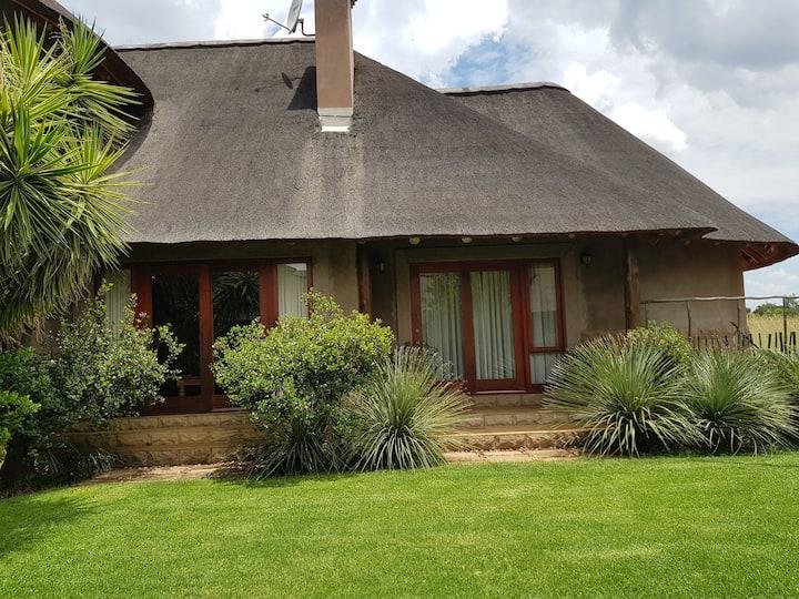 128 Zebula (16 guests) - Bela Bela - South Africa
