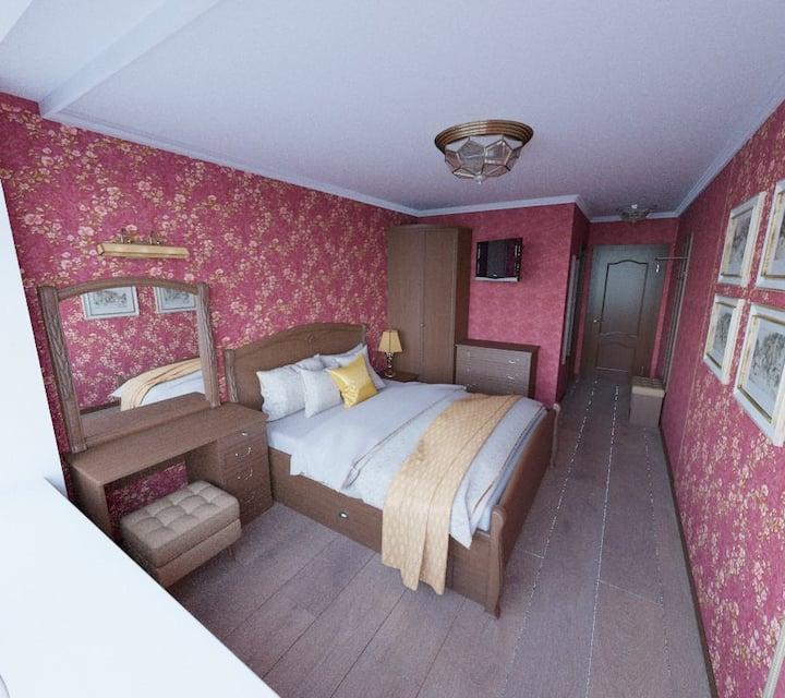 Комната в большом загородном доме в лесу