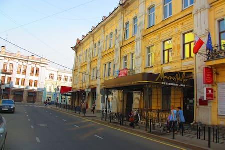 Апартаменты в центре на Сухэ-Батора