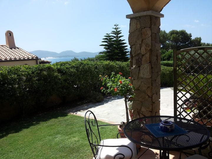 Bilocale in Villa a Porto Pino, aria condizionata